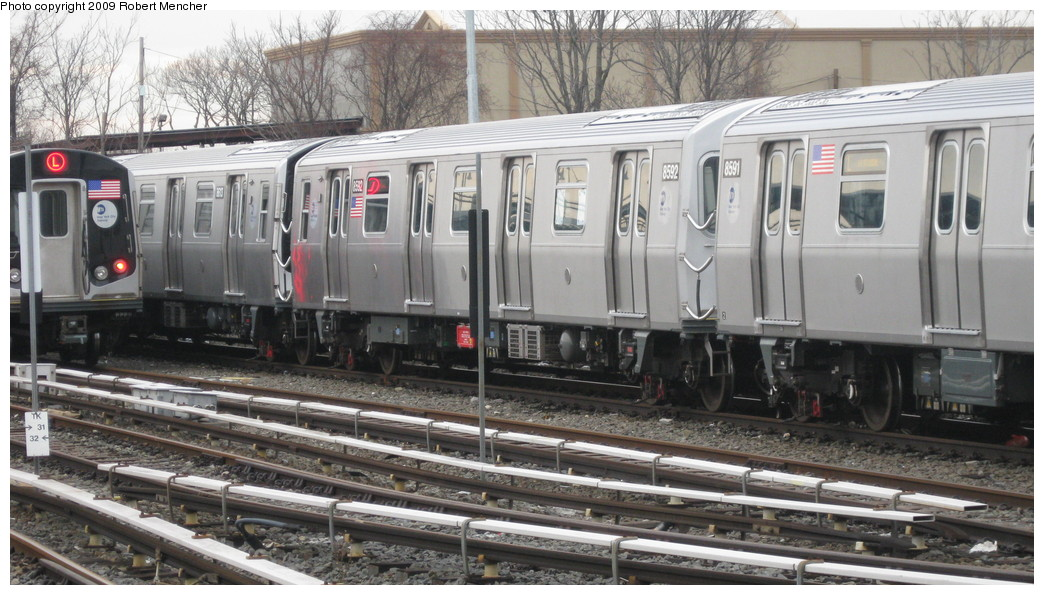 (208k, 1044x595)<br><b>Country:</b> United States<br><b>City:</b> New York<br><b>System:</b> New York City Transit<br><b>Location:</b> East New York Yard/Shops<br><b>Car:</b> R-160A-1 (Alstom, 2005-2008, 4 car sets)  8592 <br><b>Photo by:</b> Robert Mencher<br><b>Date:</b> 1/5/2009<br><b>Viewed (this week/total):</b> 3 / 875