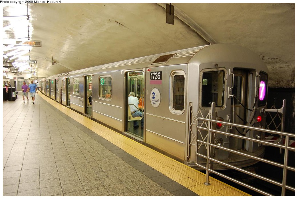(240k, 1044x699)<br><b>Country:</b> United States<br><b>City:</b> New York<br><b>System:</b> New York City Transit<br><b>Line:</b> IRT Flushing Line<br><b>Location:</b> Grand Central <br><b>Route:</b> 7<br><b>Car:</b> R-62A (Bombardier, 1984-1987)  1736 <br><b>Photo by:</b> Michael Hodurski<br><b>Date:</b> 8/1/2008<br><b>Viewed (this week/total):</b> 2 / 749