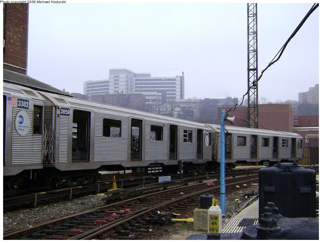 (225k, 1044x788)<br><b>Country:</b> United States<br><b>City:</b> New York<br><b>System:</b> New York City Transit<br><b>Location:</b> 207th Street Yard<br><b>Car:</b> R-32 (Budd, 1964)  3859 <br><b>Photo by:</b> Michael Hodurski<br><b>Date:</b> 12/27/2008<br><b>Notes:</b> Scrap<br><b>Viewed (this week/total):</b> 0 / 677