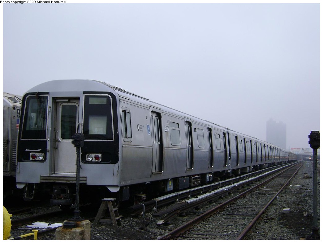(171k, 1044x788)<br><b>Country:</b> United States<br><b>City:</b> New York<br><b>System:</b> New York City Transit<br><b>Location:</b> 207th Street Yard<br><b>Car:</b> R-110B (Bombardier, 1992) 3009 <br><b>Photo by:</b> Michael Hodurski<br><b>Date:</b> 12/27/2008<br><b>Viewed (this week/total):</b> 1 / 1396