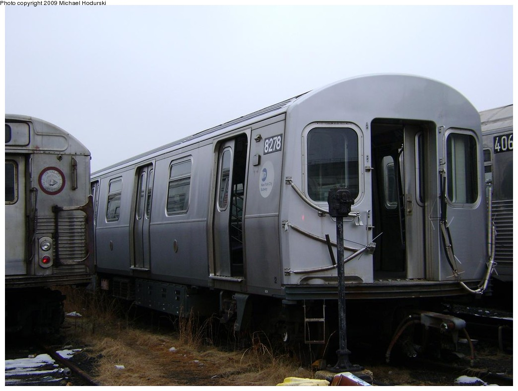 (174k, 1044x788)<br><b>Country:</b> United States<br><b>City:</b> New York<br><b>System:</b> New York City Transit<br><b>Location:</b> 207th Street Yard<br><b>Car:</b> R-143 (Kawasaki, 2001-2002) 8278 <br><b>Photo by:</b> Michael Hodurski<br><b>Date:</b> 12/27/2008<br><b>Viewed (this week/total):</b> 0 / 1252