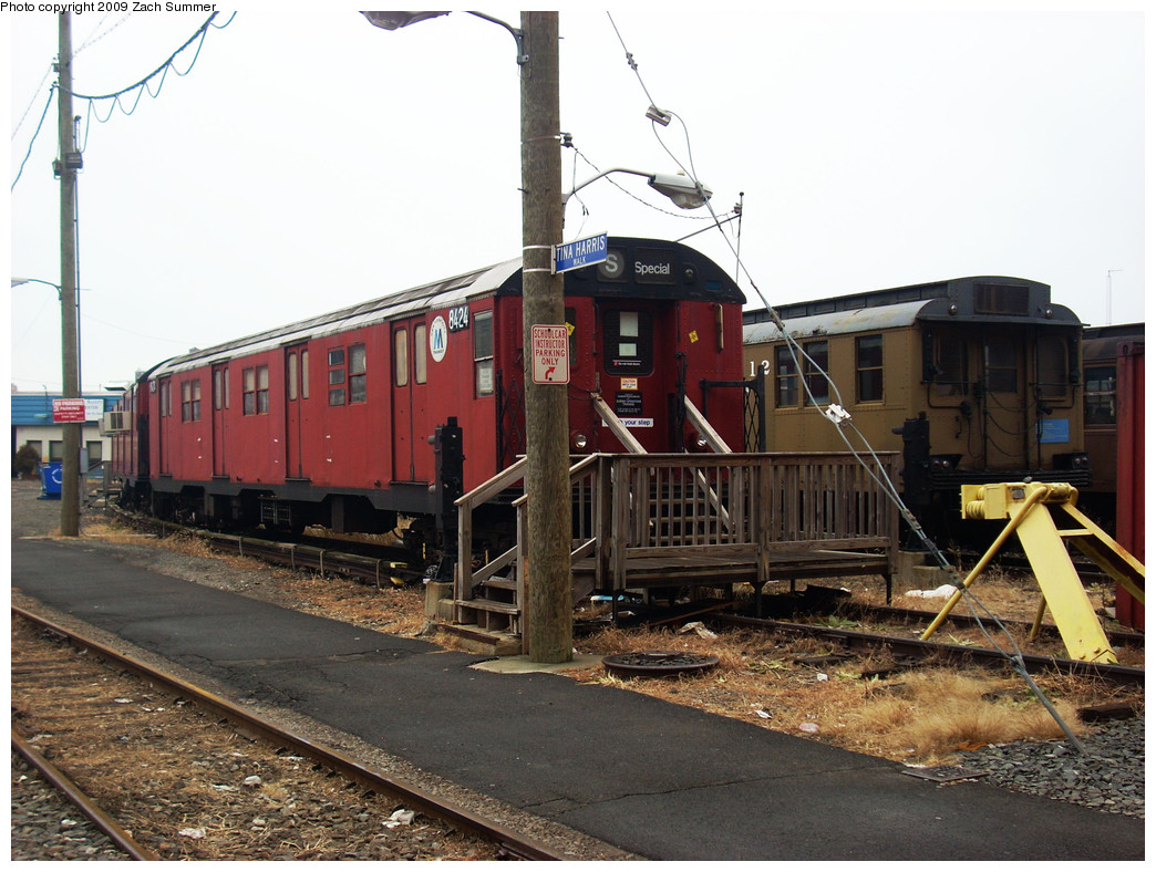 (280k, 1044x788)<br><b>Country:</b> United States<br><b>City:</b> New York<br><b>System:</b> New York City Transit<br><b>Location:</b> Coney Island Yard-Museum Yard<br><b>Car:</b> R-30 (St. Louis, 1961) 8424 <br><b>Photo by:</b> Zach Summer<br><b>Date:</b> 12/27/2008<br><b>Viewed (this week/total):</b> 3 / 1396