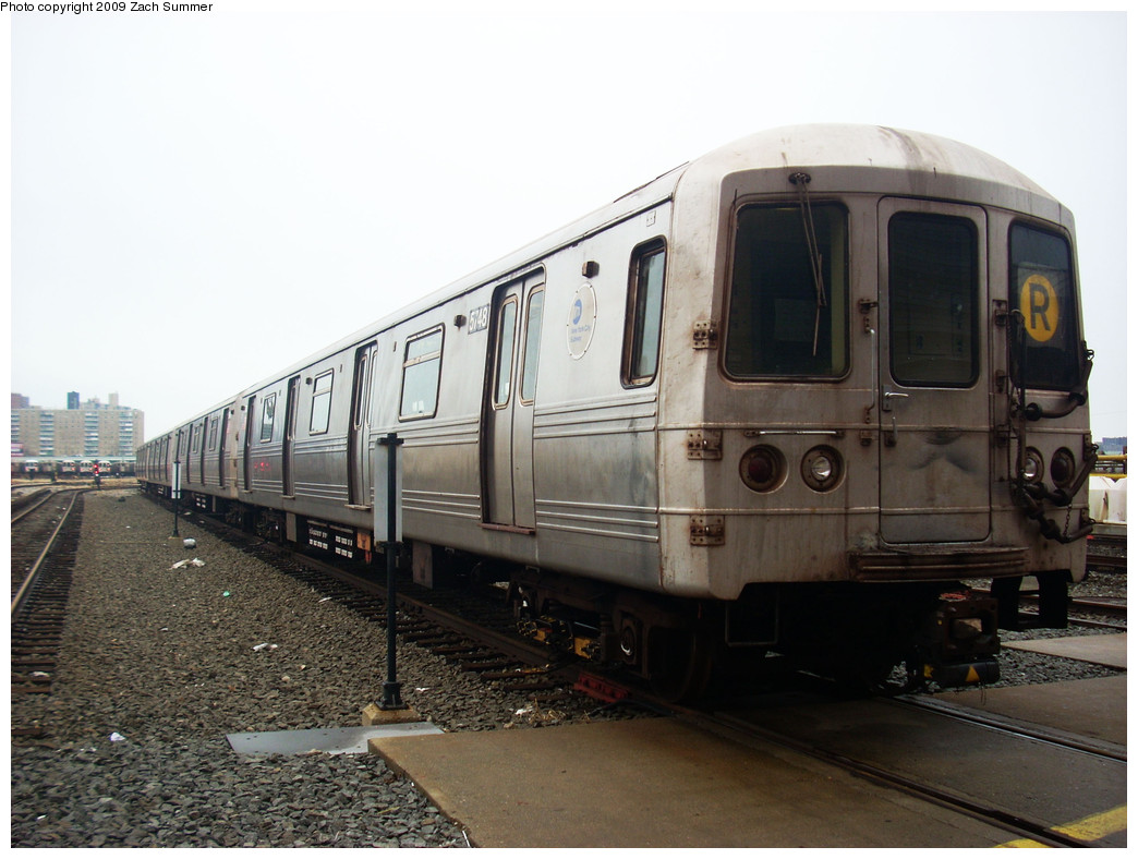 (231k, 1044x788)<br><b>Country:</b> United States<br><b>City:</b> New York<br><b>System:</b> New York City Transit<br><b>Location:</b> Coney Island Yard<br><b>Car:</b> R-46 (Pullman-Standard, 1974-75) 5748 <br><b>Photo by:</b> Zach Summer<br><b>Date:</b> 12/27/2008<br><b>Viewed (this week/total):</b> 0 / 1180