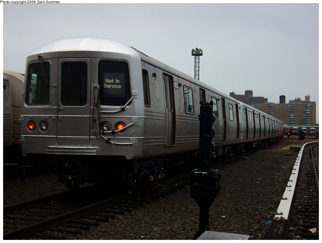 (218k, 1044x788)<br><b>Country:</b> United States<br><b>City:</b> New York<br><b>System:</b> New York City Transit<br><b>Location:</b> Coney Island Yard<br><b>Car:</b> R-46 (Pullman-Standard, 1974-75) 6102 <br><b>Photo by:</b> Zach Summer<br><b>Date:</b> 12/27/2008<br><b>Viewed (this week/total):</b> 1 / 791
