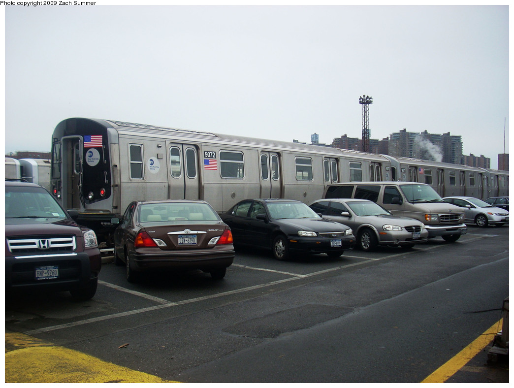 (213k, 1044x788)<br><b>Country:</b> United States<br><b>City:</b> New York<br><b>System:</b> New York City Transit<br><b>Location:</b> Coney Island Yard<br><b>Car:</b> R-160B (Option 1) (Kawasaki, 2008-2009)  9072 <br><b>Photo by:</b> Zach Summer<br><b>Date:</b> 12/27/2008<br><b>Viewed (this week/total):</b> 1 / 1166