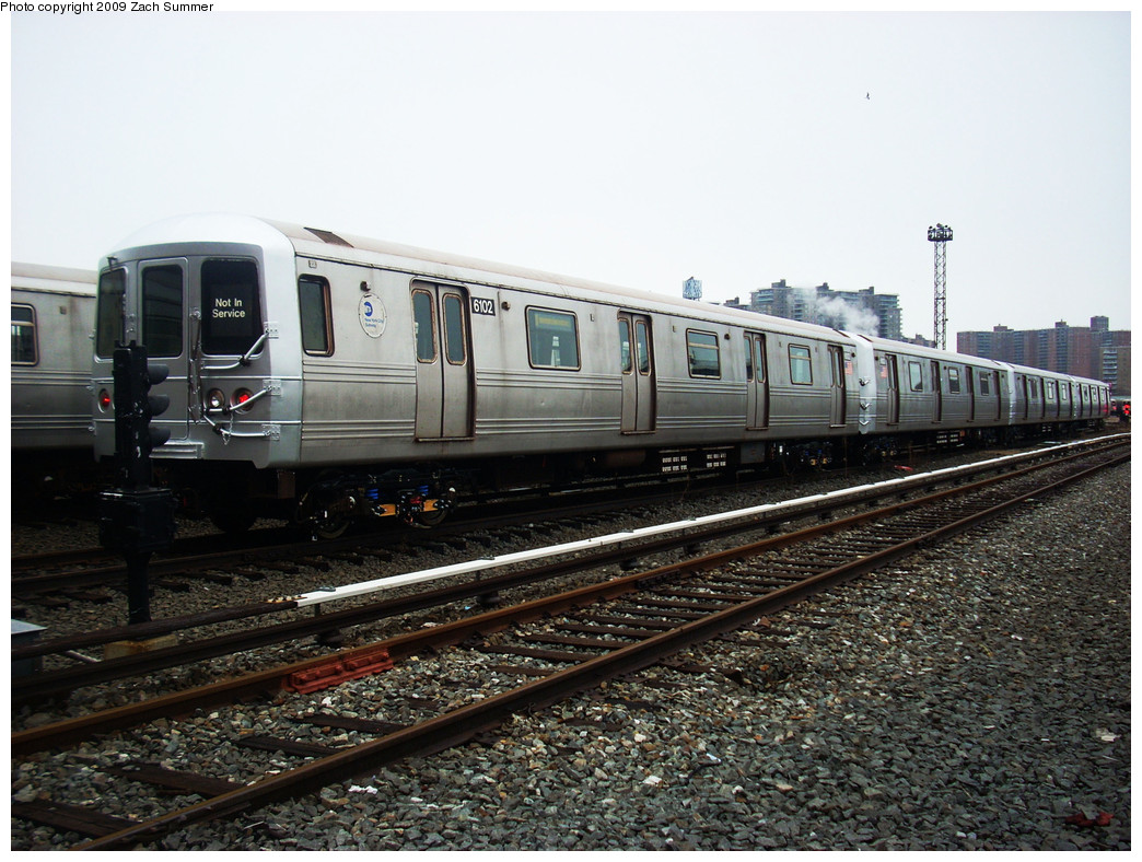 (288k, 1044x788)<br><b>Country:</b> United States<br><b>City:</b> New York<br><b>System:</b> New York City Transit<br><b>Location:</b> Coney Island Yard<br><b>Car:</b> R-46 (Pullman-Standard, 1974-75) 6102 <br><b>Photo by:</b> Zach Summer<br><b>Date:</b> 12/27/2008<br><b>Viewed (this week/total):</b> 1 / 722