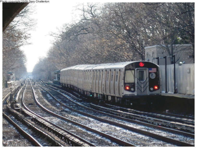(181k, 820x620)<br><b>Country:</b> United States<br><b>City:</b> New York<br><b>System:</b> New York City Transit<br><b>Line:</b> BMT Brighton Line<br><b>Location:</b> Avenue H <br><b>Route:</b> Q<br><b>Car:</b> R-160B (Option 1) (Kawasaki, 2008-2009)  9022 <br><b>Photo by:</b> Gary Chatterton<br><b>Date:</b> 1/12/2009<br><b>Viewed (this week/total):</b> 0 / 1037