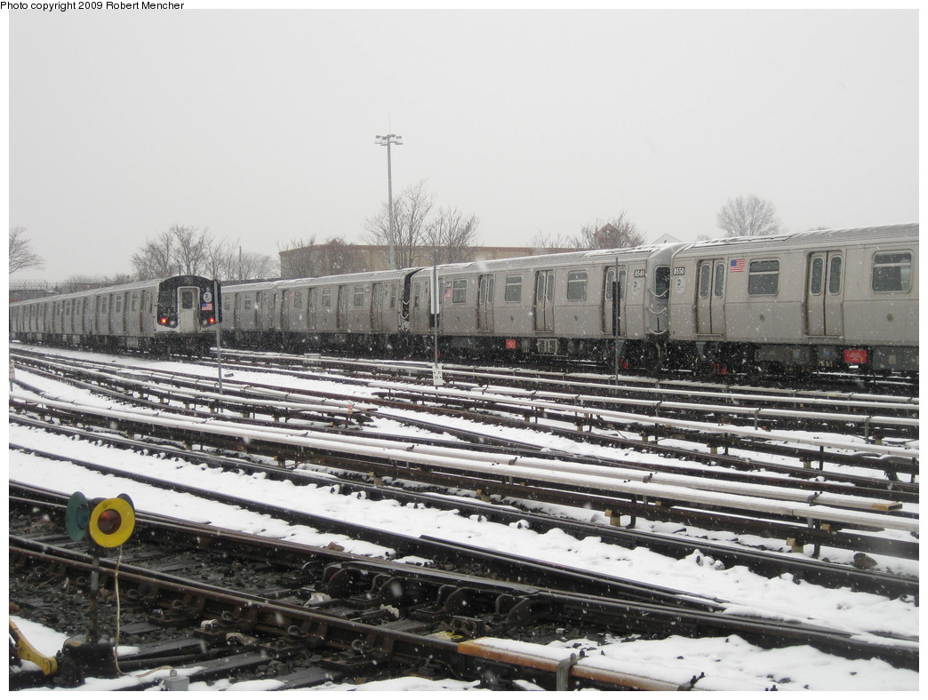 (230k, 1044x788)<br><b>Country:</b> United States<br><b>City:</b> New York<br><b>System:</b> New York City Transit<br><b>Location:</b> East New York Yard/Shops<br><b>Car:</b> R-160A-1 (Alstom, 2005-2008, 4 car sets)  8549 <br><b>Photo by:</b> Robert Mencher<br><b>Date:</b> 1/19/2009<br><b>Viewed (this week/total):</b> 3 / 553