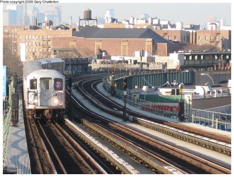 (184k, 820x620)<br><b>Country:</b> United States<br><b>City:</b> New York<br><b>System:</b> New York City Transit<br><b>Line:</b> IRT Flushing Line<br><b>Location:</b> 52nd Street/Lincoln Avenue <br><b>Route:</b> 7<br><b>Car:</b> R-62A (Bombardier, 1984-1987)  2139 <br><b>Photo by:</b> Gary Chatterton<br><b>Date:</b> 12/4/2008<br><b>Viewed (this week/total):</b> 18 / 991