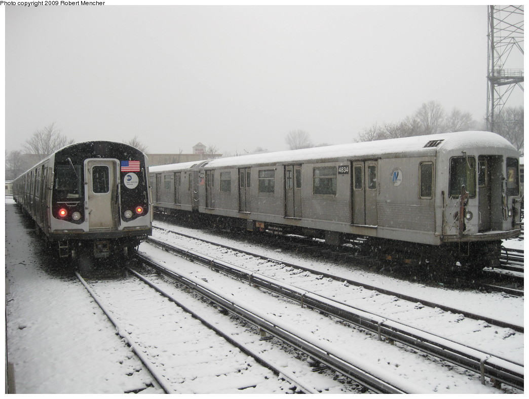 (199k, 1044x788)<br><b>Country:</b> United States<br><b>City:</b> New York<br><b>System:</b> New York City Transit<br><b>Location:</b> East New York Yard/Shops<br><b>Car:</b> R-42 (St. Louis, 1969-1970)  4834 <br><b>Photo by:</b> Robert Mencher<br><b>Date:</b> 2/3/2009<br><b>Viewed (this week/total):</b> 1 / 744