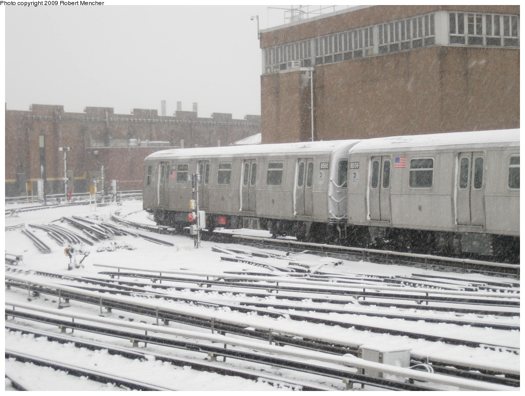 (217k, 1044x788)<br><b>Country:</b> United States<br><b>City:</b> New York<br><b>System:</b> New York City Transit<br><b>Location:</b> East New York Yard/Shops<br><b>Car:</b> R-160A-1 (Alstom, 2005-2008, 4 car sets)  8558 <br><b>Photo by:</b> Robert Mencher<br><b>Date:</b> 2/3/2009<br><b>Viewed (this week/total):</b> 0 / 762