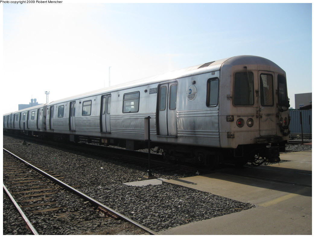 (196k, 1044x788)<br><b>Country:</b> United States<br><b>City:</b> New York<br><b>System:</b> New York City Transit<br><b>Location:</b> Coney Island Yard<br><b>Car:</b> R-46 (Pullman-Standard, 1974-75) 5976 <br><b>Photo by:</b> Robert Mencher<br><b>Date:</b> 2/11/2009<br><b>Viewed (this week/total):</b> 1 / 818