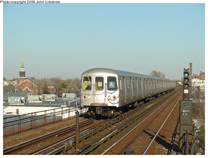 (135k, 686x520)<br><b>Country:</b> United States<br><b>City:</b> New York<br><b>System:</b> New York City Transit<br><b>Line:</b> IND Rockaway<br><b>Location:</b> Beach 98th Street/Playland <br><b>Route:</b> A<br><b>Car:</b> R-44 (St. Louis, 1971-73) 5232 <br><b>Photo by:</b> John Urbanski<br><b>Date:</b> 2/1/2009<br><b>Viewed (this week/total):</b> 0 / 826