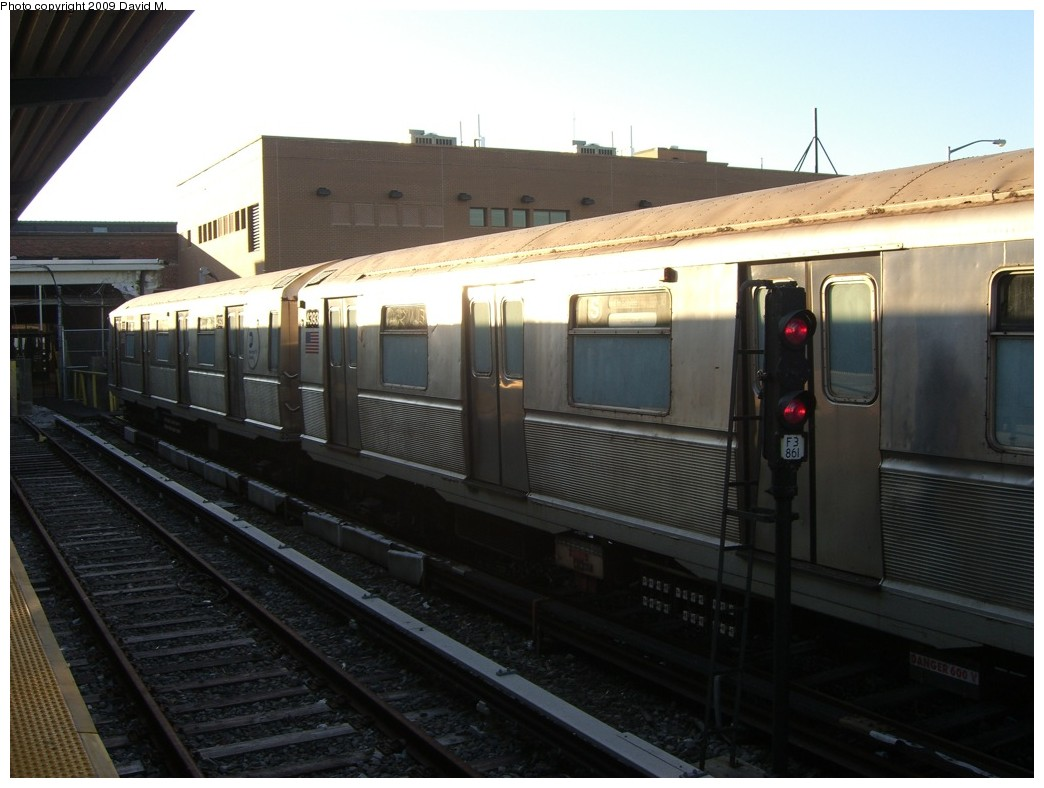 (160k, 1044x788)<br><b>Country:</b> United States<br><b>City:</b> New York<br><b>System:</b> New York City Transit<br><b>Location:</b> Rockaway Park Yard<br><b>Car:</b> R-40 (St. Louis, 1968)  4393 <br><b>Photo by:</b> David M. <br><b>Date:</b> 12/28/2008<br><b>Viewed (this week/total):</b> 2 / 605