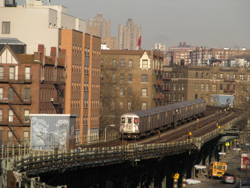 (168k, 800x600)<br><b>Country:</b> United States<br><b>City:</b> New York<br><b>System:</b> New York City Transit<br><b>Line:</b> IRT West Side Line<br><b>Location:</b> Dyckman Street <br><b>Route:</b> 1<br><b>Car:</b> R-62A (Bombardier, 1984-1987)  2170 <br><b>Photo by:</b> Andrew Johnson<br><b>Date:</b> 2/6/2009<br><b>Viewed (this week/total):</b> 2 / 1431