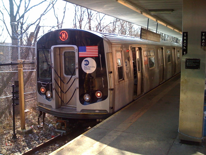 (184k, 800x600)<br><b>Country:</b> United States<br><b>City:</b> New York<br><b>System:</b> New York City Transit<br><b>Line:</b> BMT Myrtle Avenue Line<br><b>Location:</b> Metropolitan Avenue <br><b>Route:</b> M<br><b>Car:</b> R-160A-1 (Alstom, 2005-2008, 4 car sets)   <br><b>Photo by:</b> Richard Panse<br><b>Date:</b> 2/23/2009<br><b>Viewed (this week/total):</b> 0 / 1281