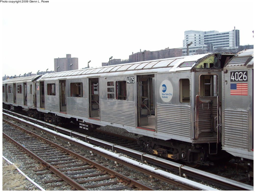 (234k, 1044x788)<br><b>Country:</b> United States<br><b>City:</b> New York<br><b>System:</b> New York City Transit<br><b>Location:</b> 207th Street Yard<br><b>Car:</b> R-38 (St. Louis, 1966-1967)  4075 <br><b>Photo by:</b> Glenn L. Rowe<br><b>Date:</b> 2/26/2009<br><b>Notes:</b> Scrap<br><b>Viewed (this week/total):</b> 4 / 916