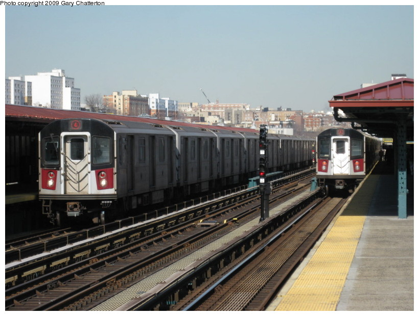 (130k, 820x620)<br><b>Country:</b> United States<br><b>City:</b> New York<br><b>System:</b> New York City Transit<br><b>Line:</b> IRT Woodlawn Line<br><b>Location:</b> 167th Street <br><b>Route:</b> 4<br><b>Car:</b> R-142A (Supplemental Order, Kawasaki, 2003-2004)  7780/7756 <br><b>Photo by:</b> Gary Chatterton<br><b>Date:</b> 2/25/2009<br><b>Viewed (this week/total):</b> 2 / 1399