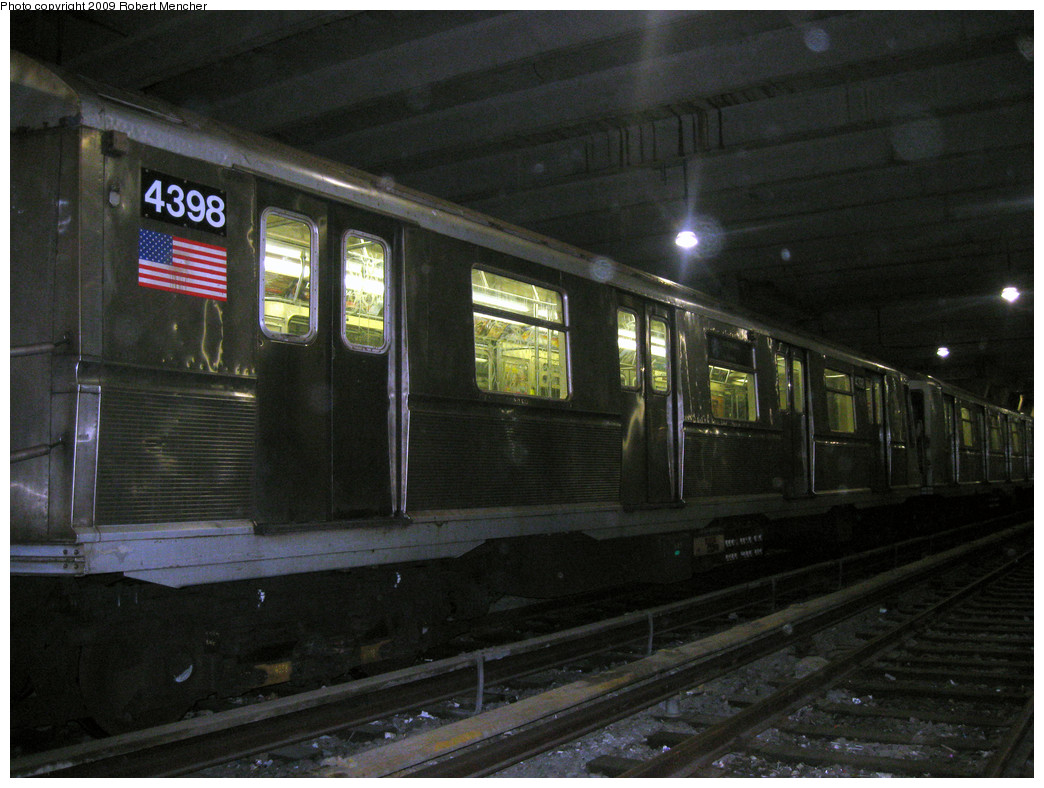 (272k, 1044x788)<br><b>Country:</b> United States<br><b>City:</b> New York<br><b>System:</b> New York City Transit<br><b>Location:</b> Pitkin Yard/Shops<br><b>Car:</b> R-40 (St. Louis, 1968)  4398 <br><b>Photo by:</b> Robert Mencher<br><b>Date:</b> 2/28/2009<br><b>Viewed (this week/total):</b> 2 / 735