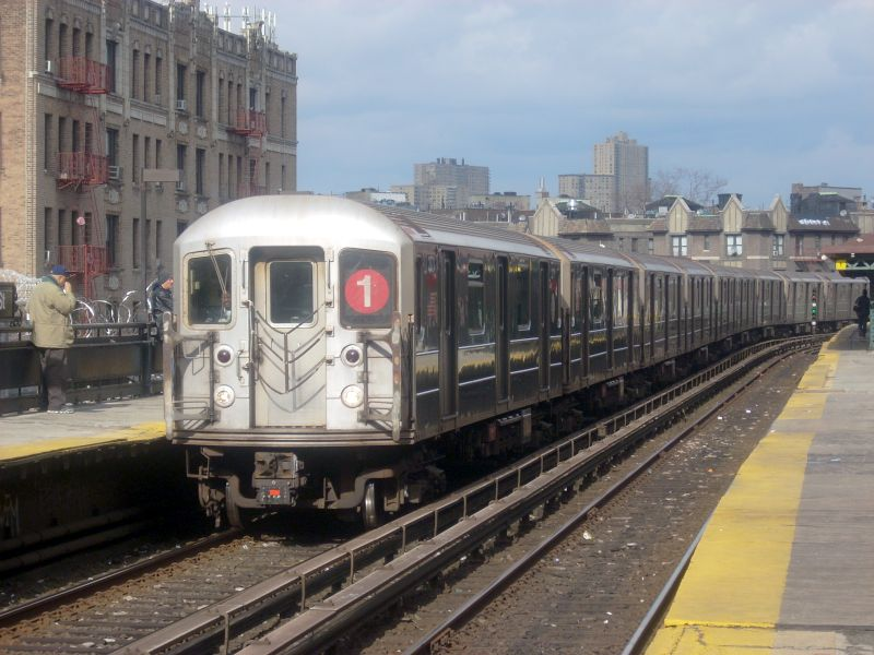 (122k, 800x600)<br><b>Country:</b> United States<br><b>City:</b> New York<br><b>System:</b> New York City Transit<br><b>Line:</b> IRT West Side Line<br><b>Location:</b> Dyckman Street <br><b>Route:</b> 1<br><b>Car:</b> R-62A (Bombardier, 1984-1987)  2271 <br><b>Photo by:</b> Bill E.<br><b>Date:</b> 2/19/2009<br><b>Viewed (this week/total):</b> 3 / 839
