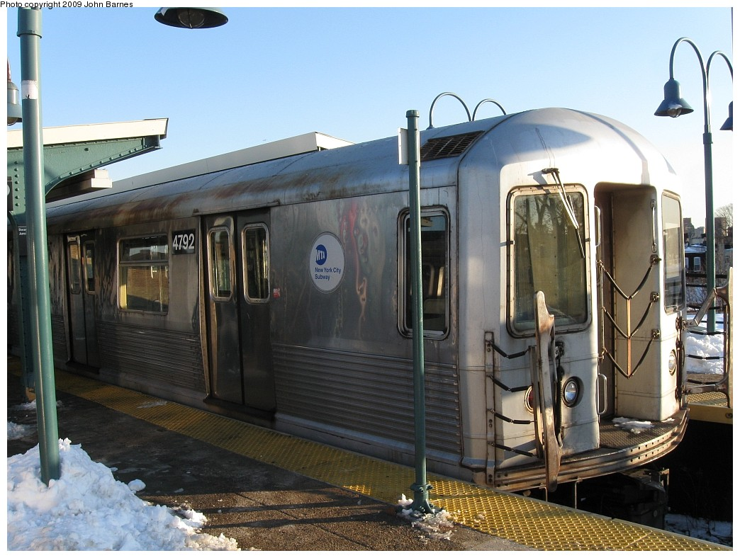 (224k, 1044x788)<br><b>Country:</b> United States<br><b>City:</b> New York<br><b>System:</b> New York City Transit<br><b>Line:</b> BMT Nassau Street/Jamaica Line<br><b>Location:</b> Broadway/East New York (Broadway Junction) <br><b>Route:</b> Z<br><b>Car:</b> R-42 (St. Louis, 1969-1970)  4792 <br><b>Photo by:</b> John Barnes<br><b>Date:</b> 3/3/2009<br><b>Viewed (this week/total):</b> 1 / 698