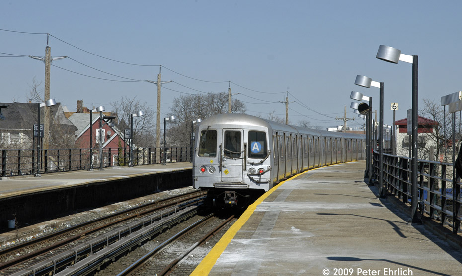 (188k, 930x557)<br><b>Country:</b> United States<br><b>City:</b> New York<br><b>System:</b> New York City Transit<br><b>Line:</b> IND Rockaway<br><b>Location:</b> Beach 25th Street/Wavecrest <br><b>Route:</b> A<br><b>Car:</b> R-44 (St. Louis, 1971-73) 5246 <br><b>Photo by:</b> Peter Ehrlich<br><b>Date:</b> 2/24/2009<br><b>Notes:</b> Outbound<br><b>Viewed (this week/total):</b> 3 / 1107