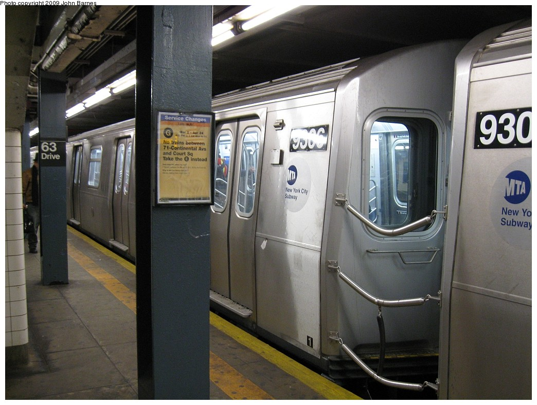 (212k, 1044x788)<br><b>Country:</b> United States<br><b>City:</b> New York<br><b>System:</b> New York City Transit<br><b>Line:</b> IND Queens Boulevard Line<br><b>Location:</b> 63rd Drive/Rego Park <br><b>Route:</b> E<br><b>Car:</b> R-160A (Option 1) (Alstom, 2008-2009, 5 car sets)  9306 <br><b>Photo by:</b> John Barnes<br><b>Date:</b> 3/5/2009<br><b>Viewed (this week/total):</b> 0 / 1424