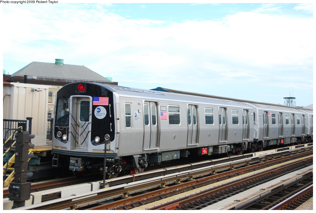 (238k, 1044x705)<br><b>Country:</b> United States<br><b>City:</b> New York<br><b>System:</b> New York City Transit<br><b>Line:</b> BMT West End Line<br><b>Location:</b> Fort Hamilton Parkway <br><b>Route:</b> M<br><b>Car:</b> R-160A-1 (Alstom, 2005-2008, 4 car sets)  8593 <br><b>Photo by:</b> Robert Taylor<br><b>Date:</b> 8/29/2008<br><b>Viewed (this week/total):</b> 0 / 1101