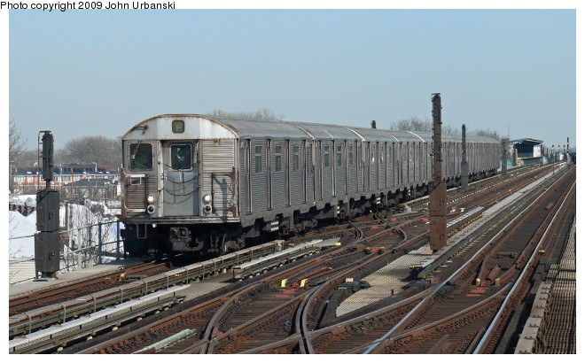 (92k, 660x410)<br><b>Country:</b> United States<br><b>City:</b> New York<br><b>System:</b> New York City Transit<br><b>Line:</b> IND Fulton Street Line<br><b>Location:</b> 80th Street/Hudson Street <br><b>Route:</b> A<br><b>Car:</b> R-32 (Budd, 1964)  3411 <br><b>Photo by:</b> John Urbanski<br><b>Date:</b> 3/5/2009<br><b>Viewed (this week/total):</b> 0 / 545