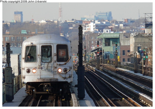 (105k, 660x463)<br><b>Country:</b> United States<br><b>City:</b> New York<br><b>System:</b> New York City Transit<br><b>Line:</b> BMT Culver Line<br><b>Location:</b> Ditmas Avenue <br><b>Route:</b> F<br><b>Car:</b> R-46 (Pullman-Standard, 1974-75) 6094 <br><b>Photo by:</b> John Urbanski<br><b>Date:</b> 3/5/2009<br><b>Viewed (this week/total):</b> 1 / 764