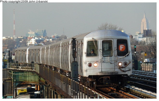 (89k, 660x420)<br><b>Country:</b> United States<br><b>City:</b> New York<br><b>System:</b> New York City Transit<br><b>Line:</b> BMT Culver Line<br><b>Location:</b> Avenue I <br><b>Route:</b> F<br><b>Car:</b> R-46 (Pullman-Standard, 1974-75) 5980 <br><b>Photo by:</b> John Urbanski<br><b>Date:</b> 3/5/2009<br><b>Viewed (this week/total):</b> 0 / 951
