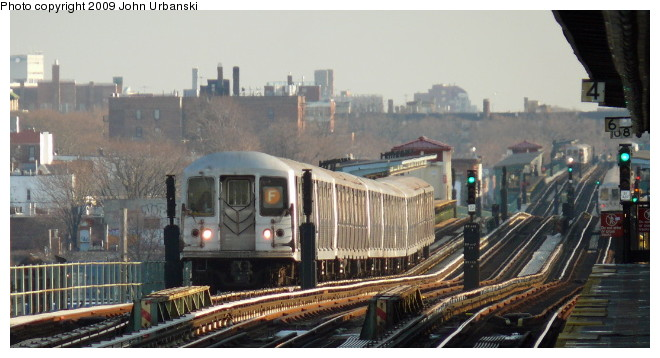 (78k, 660x358)<br><b>Country:</b> United States<br><b>City:</b> New York<br><b>System:</b> New York City Transit<br><b>Line:</b> BMT Culver Line<br><b>Location:</b> Avenue I <br><b>Route:</b> F<br><b>Car:</b> R-42 (St. Louis, 1969-1970)  4646 <br><b>Photo by:</b> John Urbanski<br><b>Date:</b> 3/5/2009<br><b>Viewed (this week/total):</b> 1 / 660