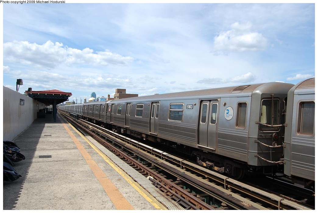 (231k, 1044x699)<br><b>Country:</b> United States<br><b>City:</b> New York<br><b>System:</b> New York City Transit<br><b>Line:</b> BMT Astoria Line<br><b>Location:</b> 30th/Grand Aves. <br><b>Route:</b> N Lay-up<br><b>Car:</b> R-68A (Kawasaki, 1988-1989)  5163 <br><b>Photo by:</b> Michael Hodurski<br><b>Date:</b> 5/23/2008<br><b>Viewed (this week/total):</b> 2 / 905