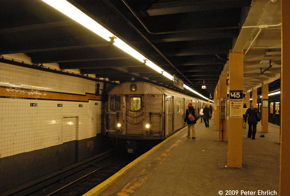 (221k, 930x628)<br><b>Country:</b> United States<br><b>City:</b> New York<br><b>System:</b> New York City Transit<br><b>Line:</b> IND 8th Avenue Line<br><b>Location:</b> 145th Street <br><b>Route:</b> C<br><b>Car:</b> R-32 (Budd, 1964)  3772 <br><b>Photo by:</b> Peter Ehrlich<br><b>Date:</b> 3/4/2009<br><b>Notes:</b> Inbound.<br><b>Viewed (this week/total):</b> 1 / 967