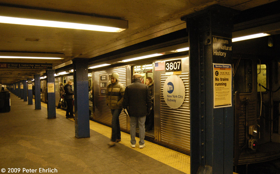 (202k, 930x577)<br><b>Country:</b> United States<br><b>City:</b> New York<br><b>System:</b> New York City Transit<br><b>Line:</b> IND 8th Avenue Line<br><b>Location:</b> 81st Street/Museum of Natural History <br><b>Route:</b> C<br><b>Car:</b> R-32 (Budd, 1964)  3807 <br><b>Photo by:</b> Peter Ehrlich<br><b>Date:</b> 3/4/2009<br><b>Notes:</b> Outbound. Trailing view.<br><b>Viewed (this week/total):</b> 4 / 7040