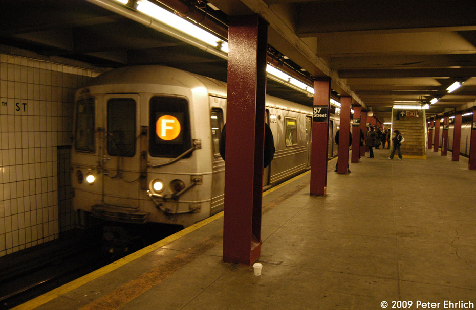 (197k, 930x607)<br><b>Country:</b> United States<br><b>City:</b> New York<br><b>System:</b> New York City Transit<br><b>Line:</b> IND 6th Avenue Line<br><b>Location:</b> 57th Street <br><b>Route:</b> F<br><b>Car:</b> R-46 (Pullman-Standard, 1974-75) 6022 <br><b>Photo by:</b> Peter Ehrlich<br><b>Date:</b> 3/4/2009<br><b>Notes:</b> Inbound.<br><b>Viewed (this week/total):</b> 0 / 677