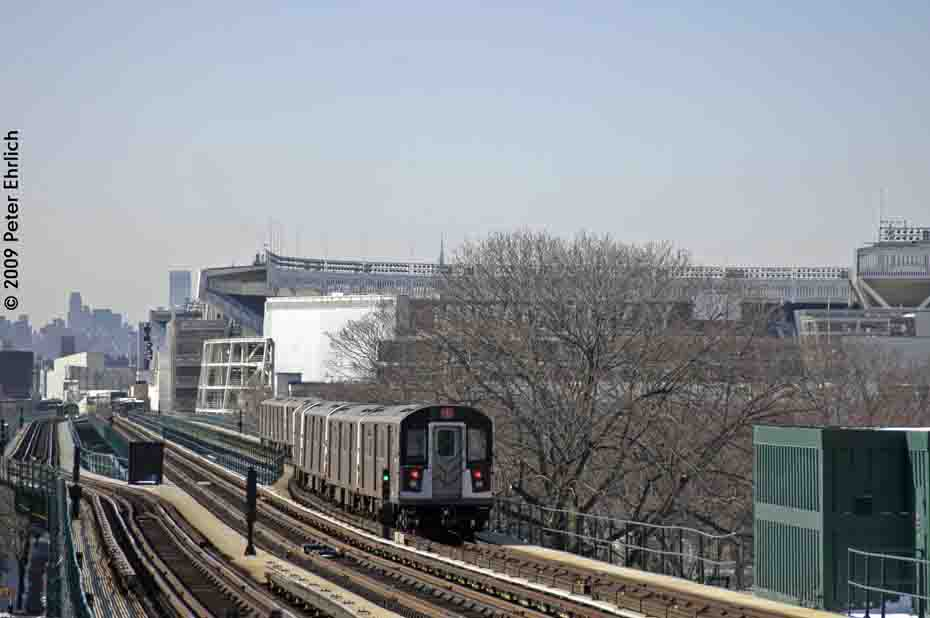 (69k, 930x618)<br><b>Country:</b> United States<br><b>City:</b> New York<br><b>System:</b> New York City Transit<br><b>Line:</b> IRT Woodlawn Line<br><b>Location:</b> 167th Street <br><b>Route:</b> 4<br><b>Car:</b> R-142A (Option Order, Kawasaki, 2002-2003)  7675 <br><b>Photo by:</b> Peter Ehrlich<br><b>Date:</b> 3/4/2009<br><b>Notes:</b> Inbound. Departing train toward 161st.<br><b>Viewed (this week/total):</b> 5 / 708