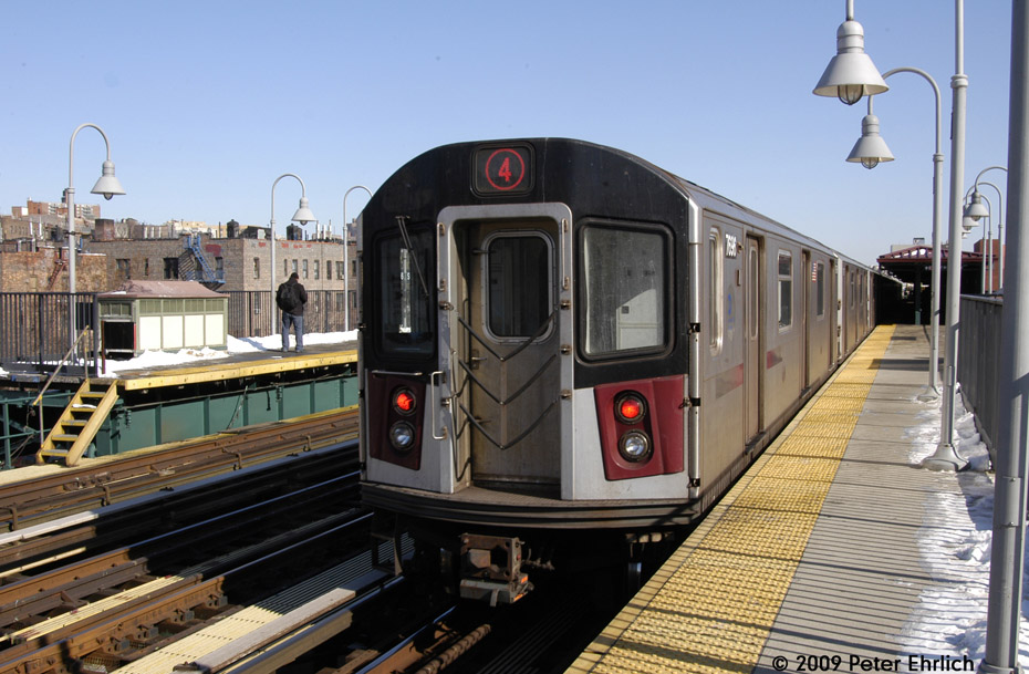 (213k, 930x609)<br><b>Country:</b> United States<br><b>City:</b> New York<br><b>System:</b> New York City Transit<br><b>Line:</b> IRT Woodlawn Line<br><b>Location:</b> 161st Street/River Avenue (Yankee Stadium) <br><b>Route:</b> 4<br><b>Car:</b> R-142A (Option Order, Kawasaki, 2002-2003)  7696 <br><b>Photo by:</b> Peter Ehrlich<br><b>Date:</b> 3/4/2009<br><b>Notes:</b> Outbound.<br><b>Viewed (this week/total):</b> 2 / 686