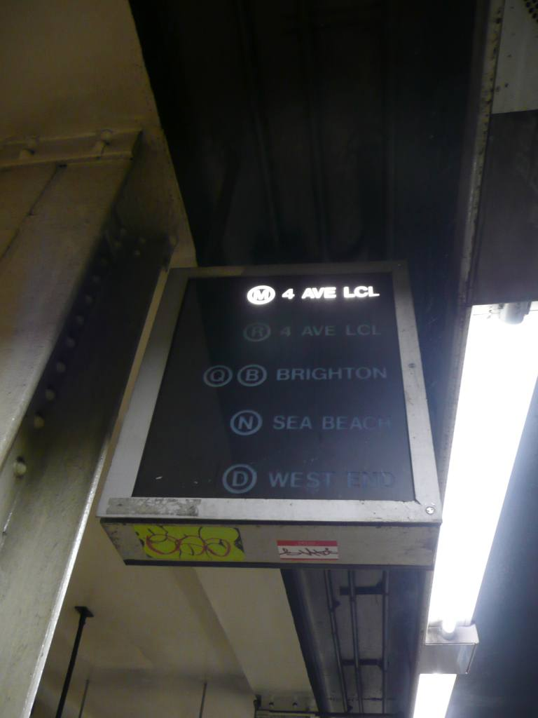 (50k, 768x1024)<br><b>Country:</b> United States<br><b>City:</b> New York<br><b>System:</b> New York City Transit<br><b>Location:</b> DeKalb Avenue<br><b>Photo by:</b> Robbie Rosenfeld<br><b>Date:</b> 3/9/2009<br><b>Notes:</b> Train route indicator.<br><b>Viewed (this week/total):</b> 3 / 1194
