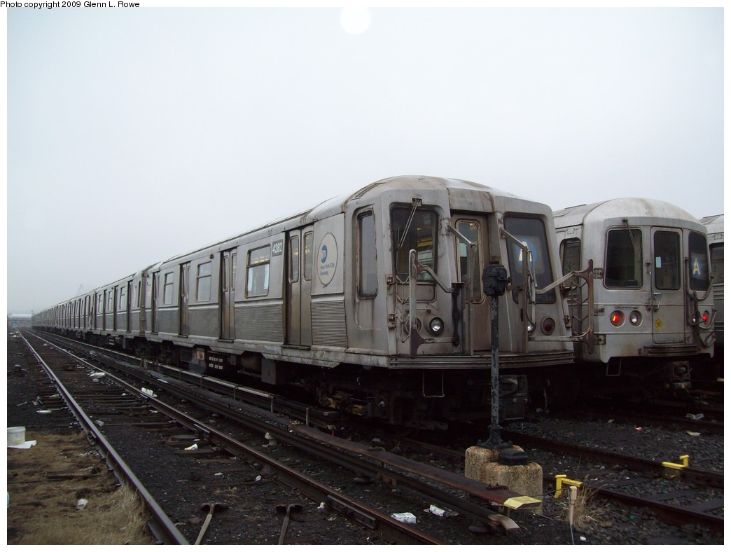 (169k, 1044x788)<br><b>Country:</b> United States<br><b>City:</b> New York<br><b>System:</b> New York City Transit<br><b>Location:</b> 207th Street Yard<br><b>Car:</b> R-40 (St. Louis, 1968)  4282 <br><b>Photo by:</b> Glenn L. Rowe<br><b>Date:</b> 3/11/2009<br><b>Viewed (this week/total):</b> 1 / 527