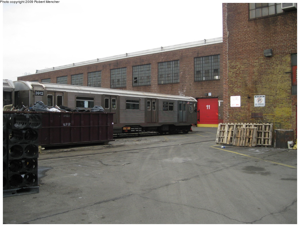 (198k, 1044x788)<br><b>Country:</b> United States<br><b>City:</b> New York<br><b>System:</b> New York City Transit<br><b>Location:</b> 207th Street Yard<br><b>Car:</b> R-32 (Budd, 1964)  3912 <br><b>Photo by:</b> Robert Mencher<br><b>Date:</b> 3/7/2009<br><b>Viewed (this week/total):</b> 0 / 440