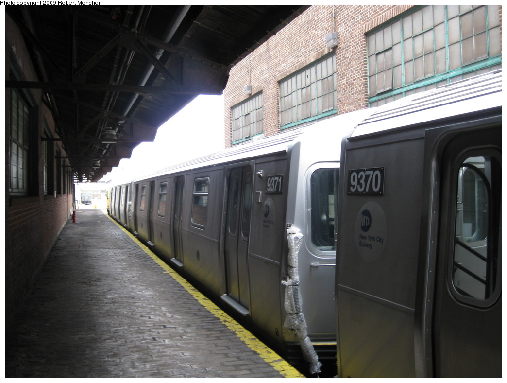 (193k, 1044x788)<br><b>Country:</b> United States<br><b>City:</b> New York<br><b>System:</b> New York City Transit<br><b>Location:</b> 207th Street Yard<br><b>Car:</b> R-160A (Option 1) (Alstom, 2008-2009, 5 car sets)  9371 <br><b>Photo by:</b> Robert Mencher<br><b>Date:</b> 3/7/2009<br><b>Viewed (this week/total):</b> 0 / 843