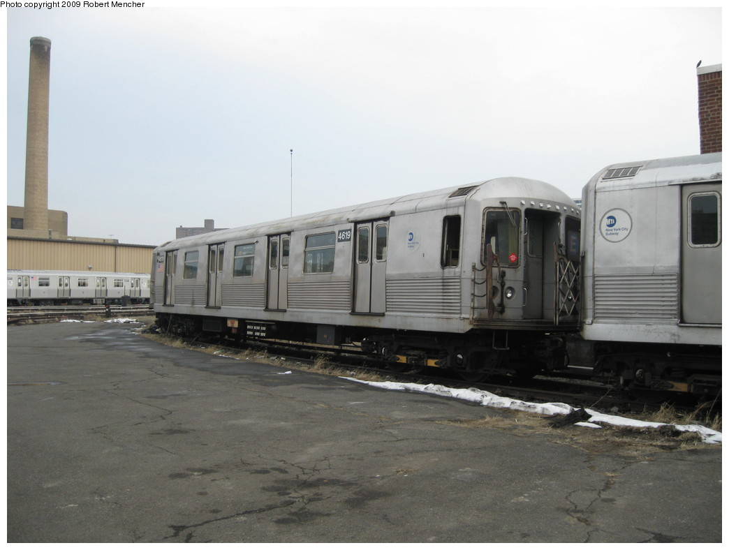 (157k, 1044x788)<br><b>Country:</b> United States<br><b>City:</b> New York<br><b>System:</b> New York City Transit<br><b>Location:</b> 207th Street Yard<br><b>Car:</b> R-42 (St. Louis, 1969-1970)  4619 <br><b>Photo by:</b> Robert Mencher<br><b>Date:</b> 3/7/2009<br><b>Viewed (this week/total):</b> 0 / 566
