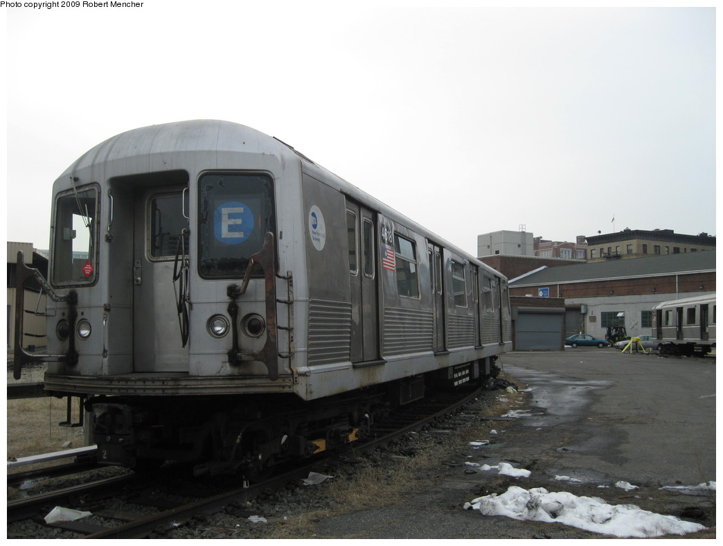 (154k, 1044x788)<br><b>Country:</b> United States<br><b>City:</b> New York<br><b>System:</b> New York City Transit<br><b>Location:</b> 207th Street Yard<br><b>Car:</b> R-42 (St. Louis, 1969-1970)  4618 <br><b>Photo by:</b> Robert Mencher<br><b>Date:</b> 3/7/2009<br><b>Viewed (this week/total):</b> 0 / 606
