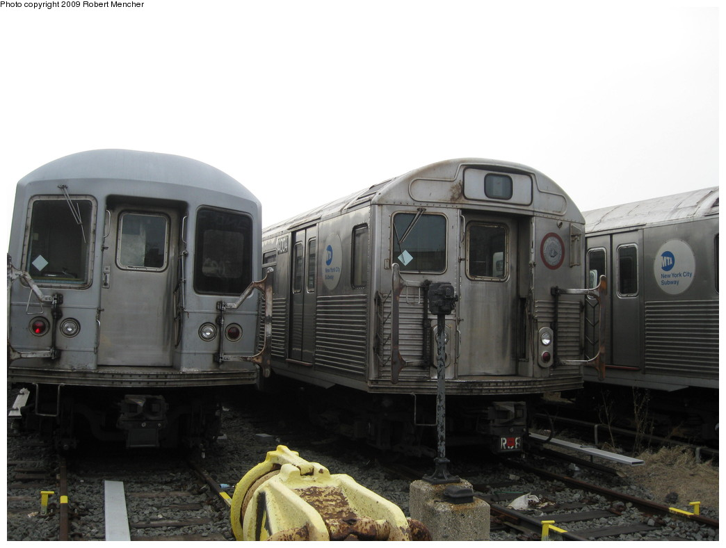 (162k, 1044x788)<br><b>Country:</b> United States<br><b>City:</b> New York<br><b>System:</b> New York City Transit<br><b>Location:</b> 207th Street Yard<br><b>Car:</b> R-38 (St. Louis, 1966-1967)  4004 <br><b>Photo by:</b> Robert Mencher<br><b>Date:</b> 3/7/2009<br><b>Viewed (this week/total):</b> 3 / 640