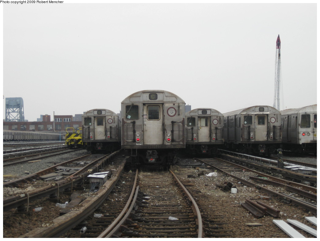 (175k, 1044x788)<br><b>Country:</b> United States<br><b>City:</b> New York<br><b>System:</b> New York City Transit<br><b>Location:</b> 207th Street Yard<br><b>Car:</b> R-38 (St. Louis, 1966-1967)   <br><b>Photo by:</b> Robert Mencher<br><b>Date:</b> 3/7/2009<br><b>Viewed (this week/total):</b> 2 / 1067