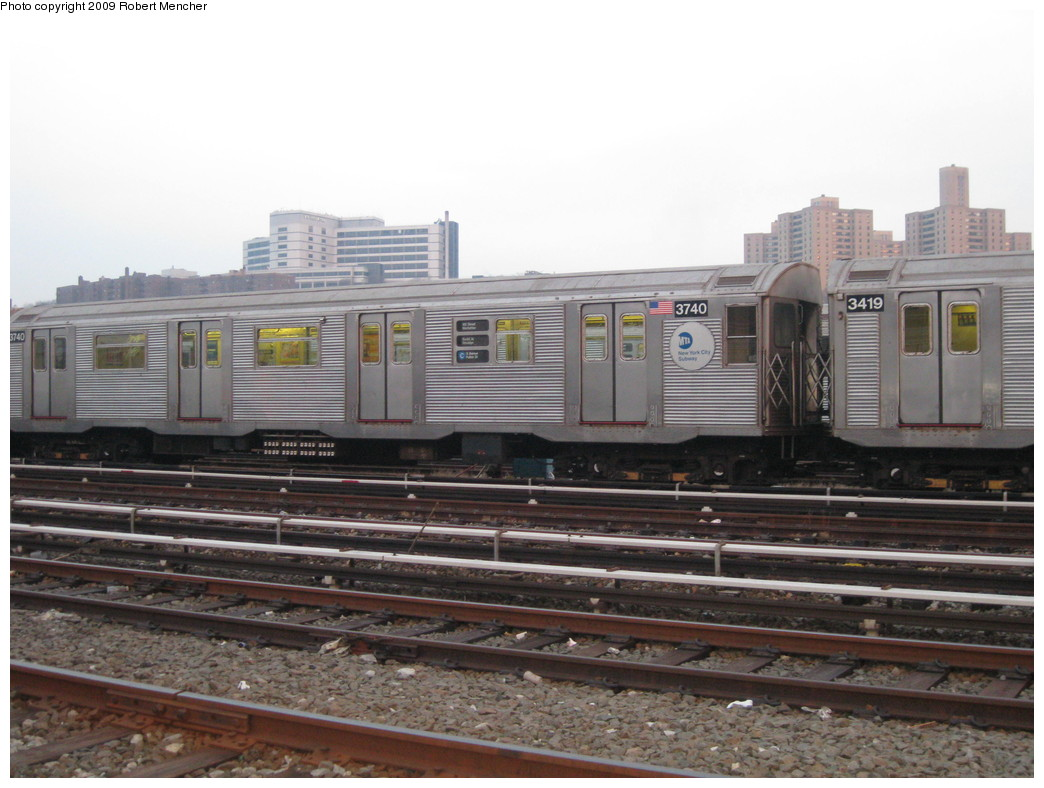 (195k, 1044x788)<br><b>Country:</b> United States<br><b>City:</b> New York<br><b>System:</b> New York City Transit<br><b>Location:</b> 207th Street Yard<br><b>Car:</b> R-32 (Budd, 1964)  3740 <br><b>Photo by:</b> Robert Mencher<br><b>Date:</b> 3/7/2009<br><b>Viewed (this week/total):</b> 0 / 672