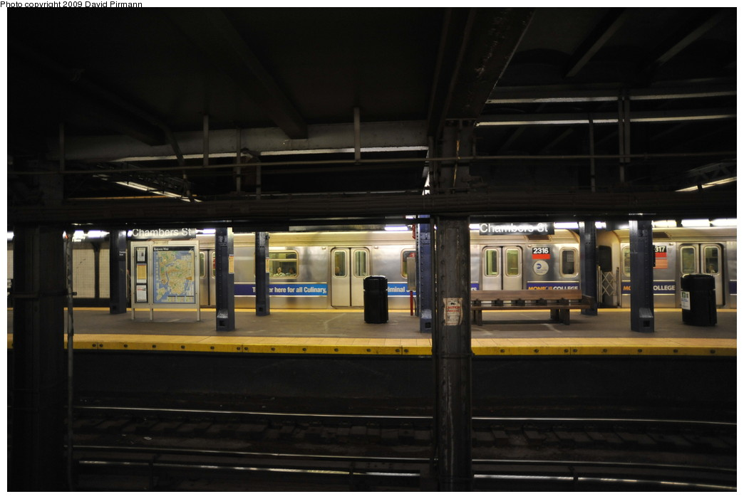 (193k, 1044x701)<br><b>Country:</b> United States<br><b>City:</b> New York<br><b>System:</b> New York City Transit<br><b>Line:</b> IRT West Side Line<br><b>Location:</b> Chambers Street <br><b>Route:</b> 1<br><b>Car:</b> R-62A (Bombardier, 1984-1987)  2316 <br><b>Photo by:</b> David Pirmann<br><b>Date:</b> 3/15/2009<br><b>Viewed (this week/total):</b> 0 / 1586