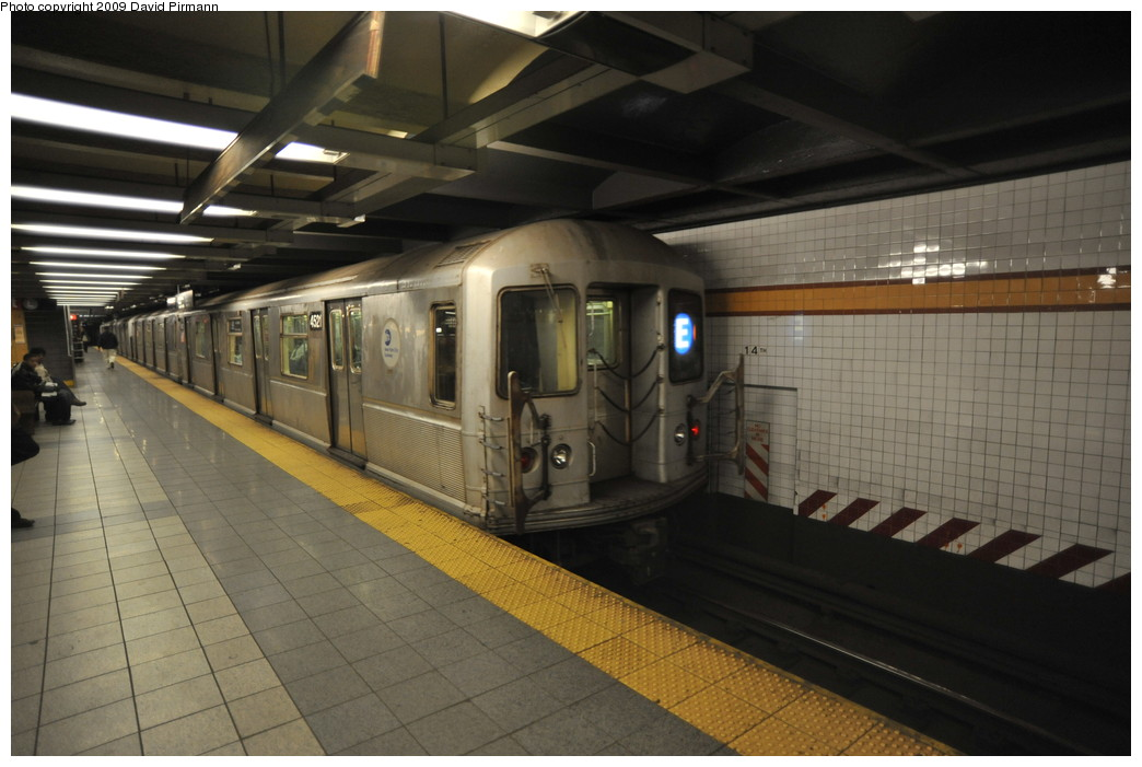 (225k, 1044x701)<br><b>Country:</b> United States<br><b>City:</b> New York<br><b>System:</b> New York City Transit<br><b>Line:</b> IND 8th Avenue Line<br><b>Location:</b> 14th Street <br><b>Route:</b> E<br><b>Car:</b> R-40M (St. Louis, 1969)  4521 <br><b>Photo by:</b> David Pirmann<br><b>Date:</b> 3/15/2009<br><b>Viewed (this week/total):</b> 1 / 806
