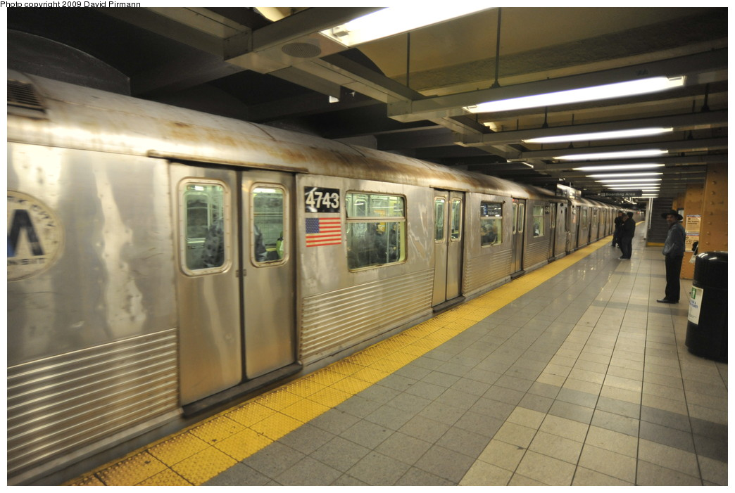 (237k, 1044x701)<br><b>Country:</b> United States<br><b>City:</b> New York<br><b>System:</b> New York City Transit<br><b>Line:</b> IND 8th Avenue Line<br><b>Location:</b> 14th Street <br><b>Route:</b> E<br><b>Car:</b> R-42 (St. Louis, 1969-1970)  4743 <br><b>Photo by:</b> David Pirmann<br><b>Date:</b> 3/15/2009<br><b>Viewed (this week/total):</b> 0 / 791
